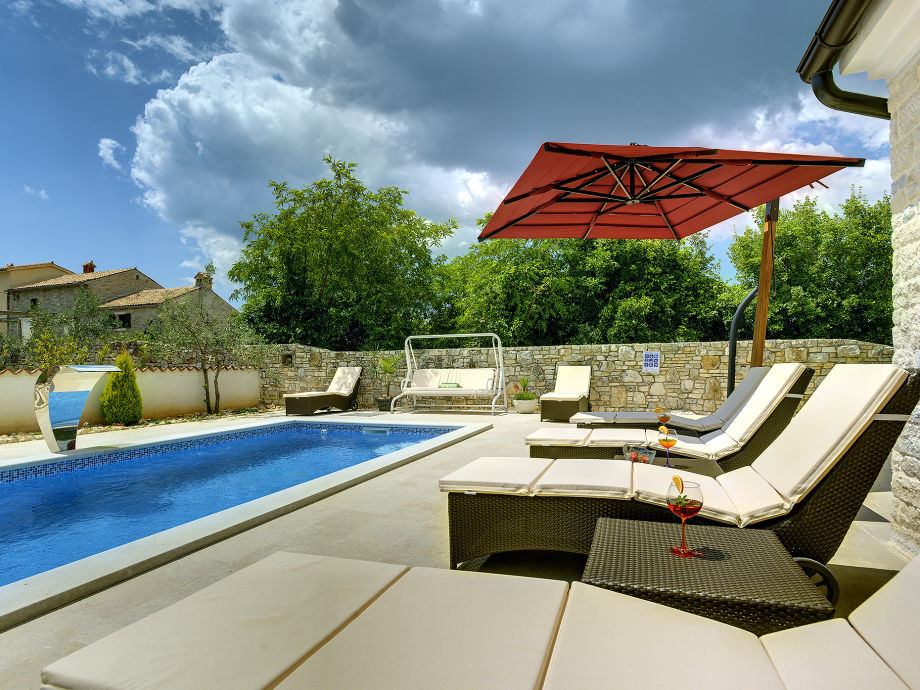 villa delle rondini marcana firma tourist agency luna rossa mr kristian tanger. Black Bedroom Furniture Sets. Home Design Ideas