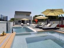 Villa Villa Ema