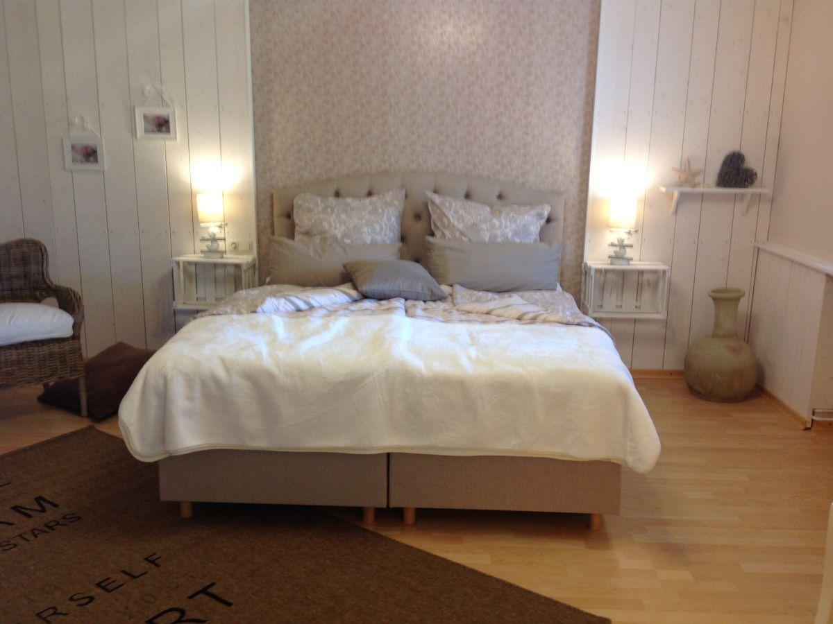 ferienwohnung ostseewohntraum eva kieler bucht familie wolfgang und eva seufert. Black Bedroom Furniture Sets. Home Design Ideas