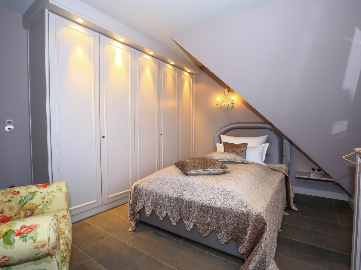 ferienhaus arichsem sylt herr reinhard holewa. Black Bedroom Furniture Sets. Home Design Ideas