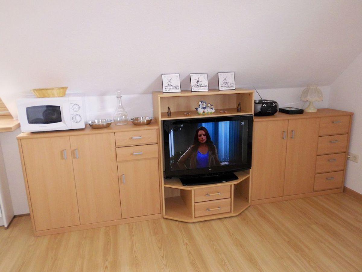 kinderbett mit schrank ebenbild das sieht erstaunlich. Black Bedroom Furniture Sets. Home Design Ideas