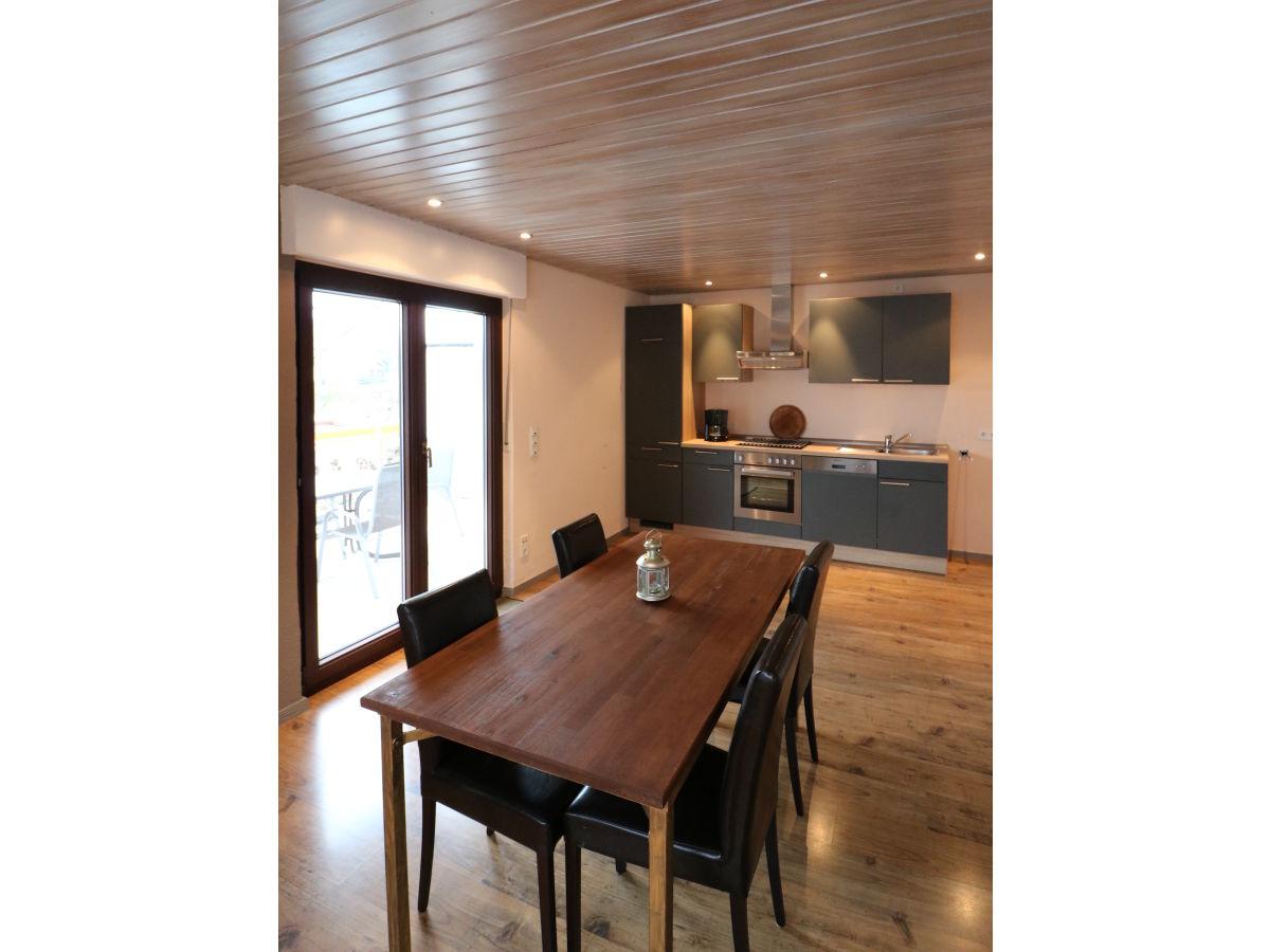 ferienwohnung kaufmann schild mosel firma ferienwohnung kaufmann schild frau wilma kaufmann. Black Bedroom Furniture Sets. Home Design Ideas