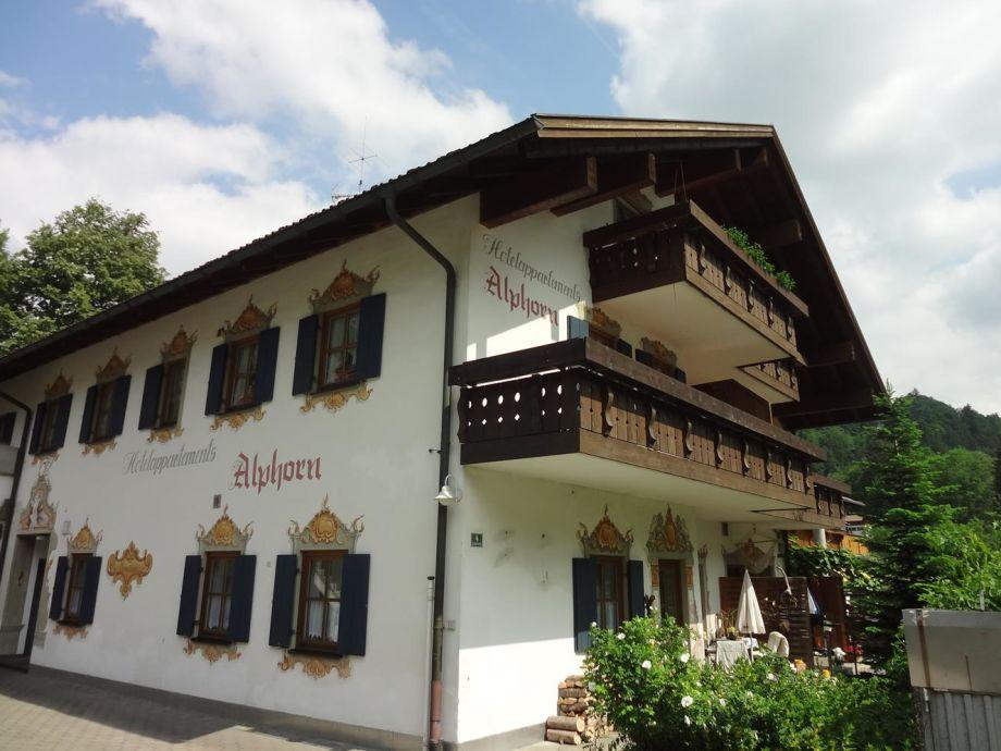 Bergnescht im Haus Alphorn
