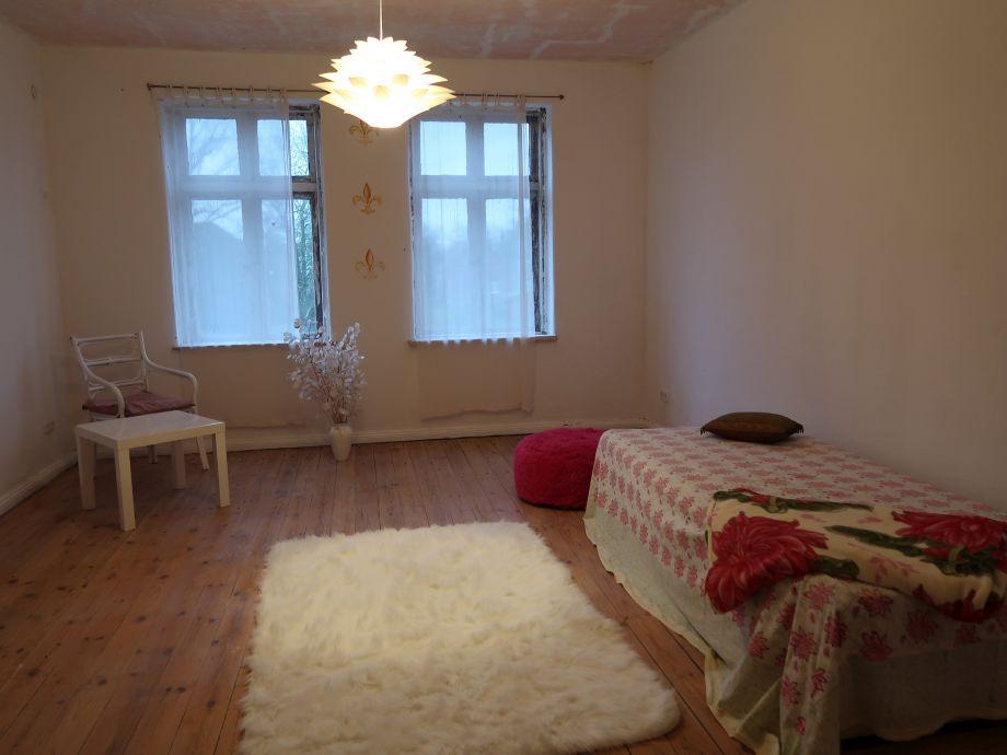 """""""Rosa""""-Zimmer neben der Ferienwohnung"""