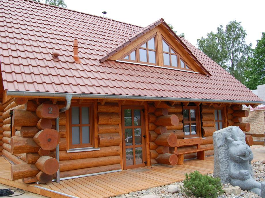 Naturstamm-Ferienhaus