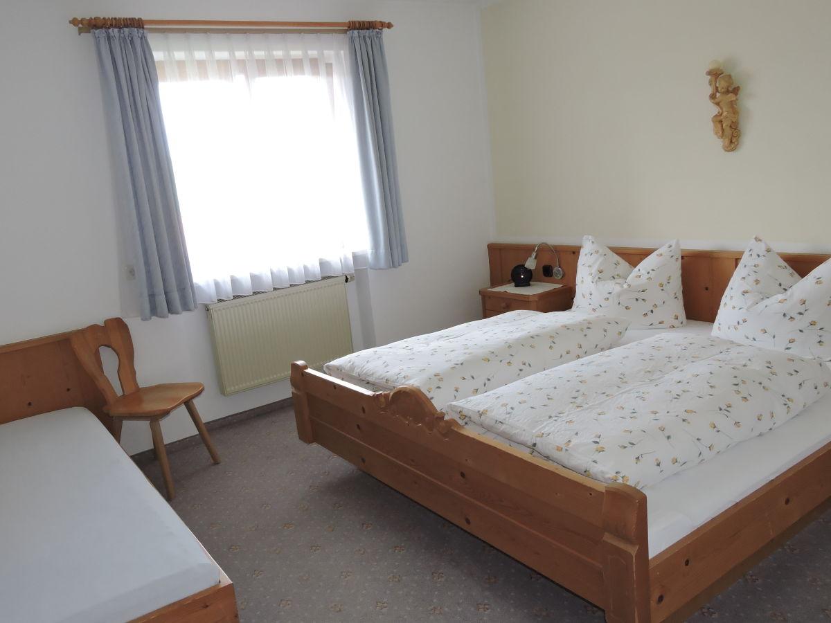 ferienwohnung 1 familie hildegard und werner k pf hopferau nahe f ssen im s dlichen. Black Bedroom Furniture Sets. Home Design Ideas
