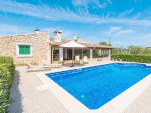 Villa Can Tresas