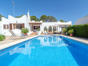 Villa EMBOSTA