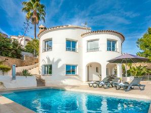 Villa Girasoles