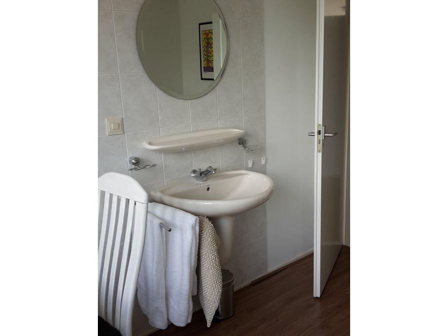 ferienhaus huisje zoutelande walcheren frau maggy kitslaar. Black Bedroom Furniture Sets. Home Design Ideas