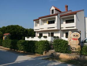 Ferienwohnung App 6 Villa Falcon