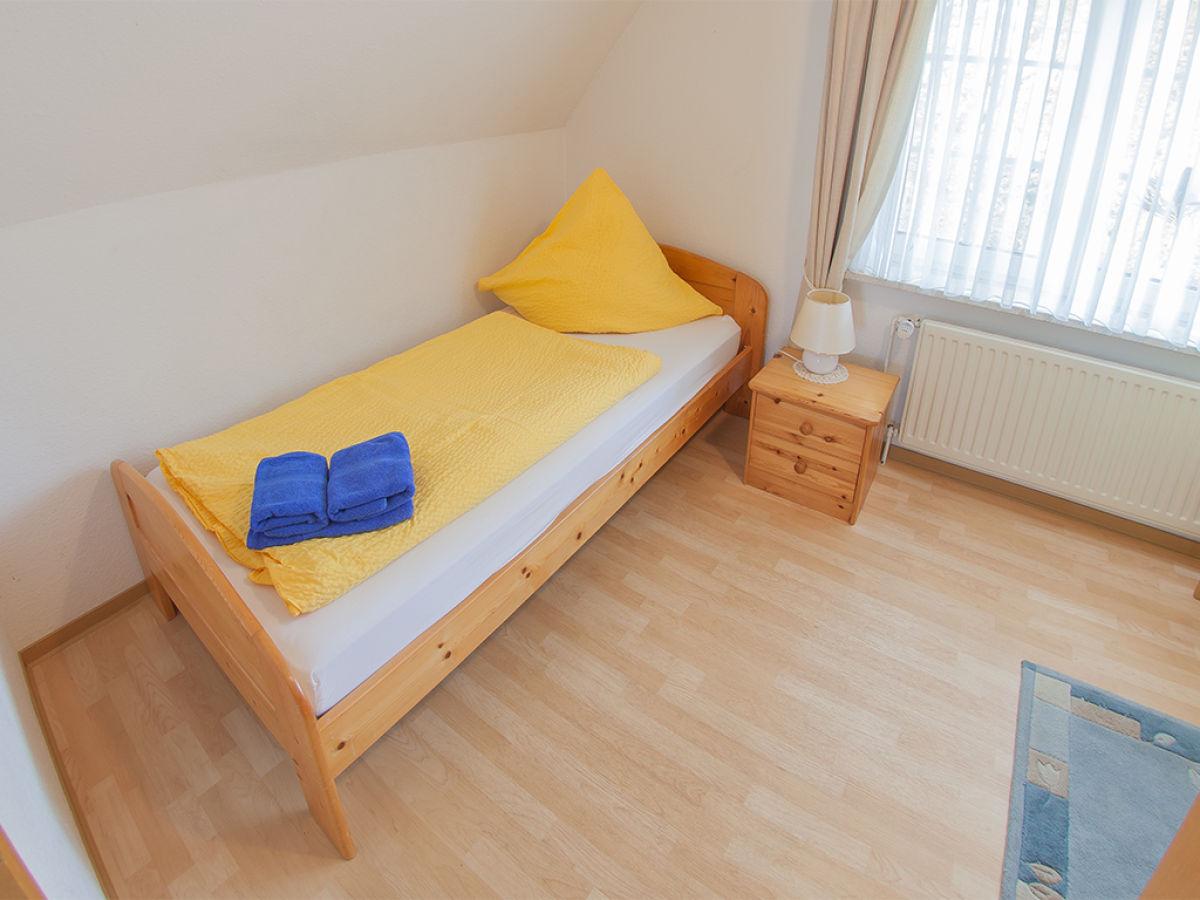 ferienhaus godewind dangast firma vermietungsservice dangast frau christine h ppeler. Black Bedroom Furniture Sets. Home Design Ideas