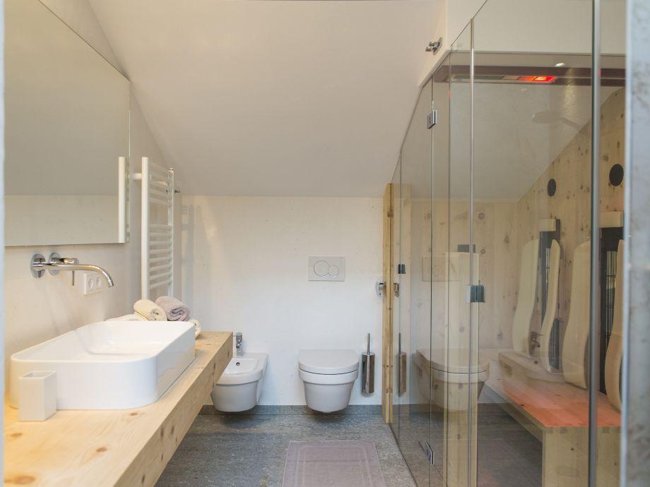 infrarotkabine mit dusche infrarotkabine aufbauen. Black Bedroom Furniture Sets. Home Design Ideas