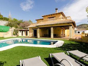 Villa Empedrola