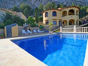 Villa Obstelix