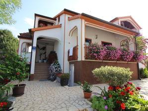 Ferienwohnung Mirjana in Funtana