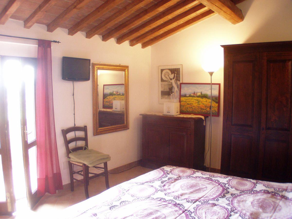 ferienwohnung casetta fabrizio toscana santa luce frau. Black Bedroom Furniture Sets. Home Design Ideas