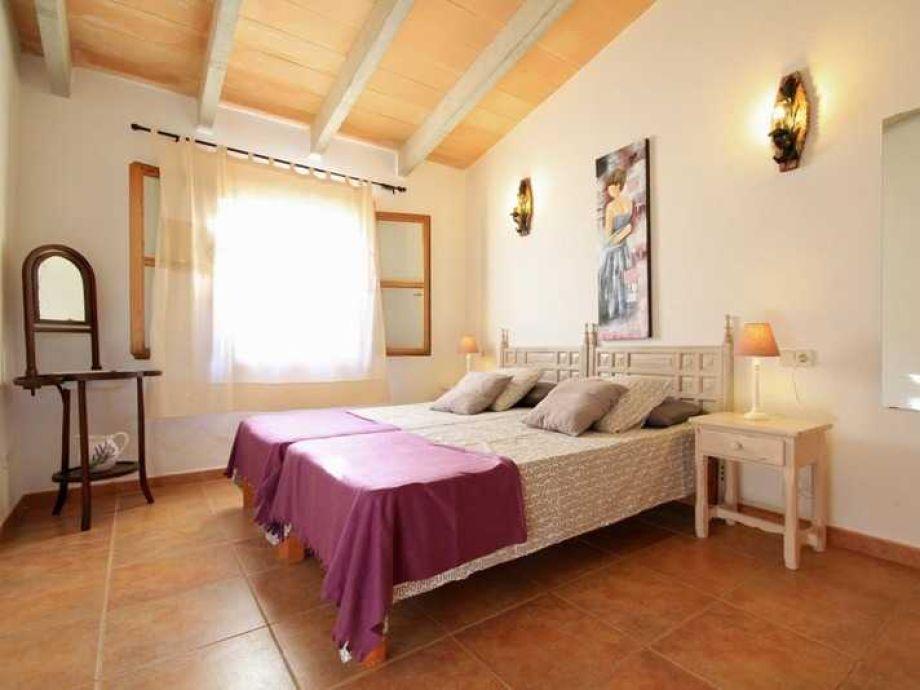 Chaiselongue landhaus  Holiday house 44220 Gemütliches Landhaus San Llorenz, Balearic ...