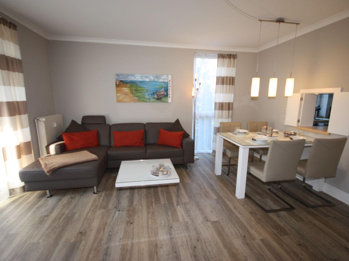 ferienwohnung strandtr umer k hlungsborn west frau. Black Bedroom Furniture Sets. Home Design Ideas