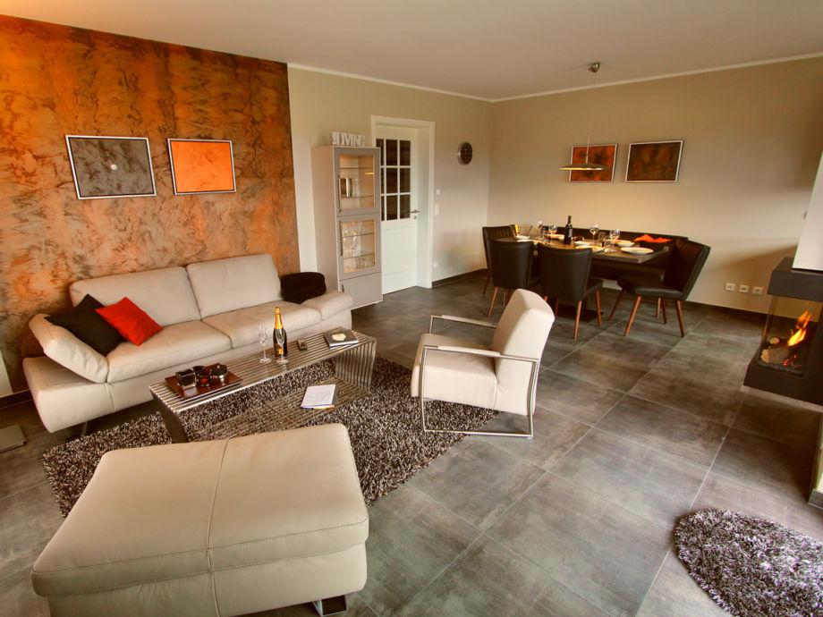 ferienhaus luxus haus arkadien fleesensee meckenburgische seenplatte firma gsa mbh frau. Black Bedroom Furniture Sets. Home Design Ideas