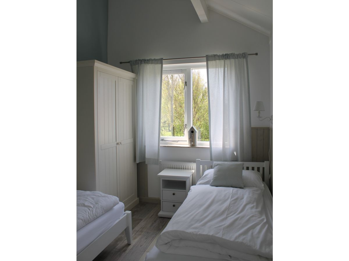 ferienhaus strandhaus 2 julianadorp nord holland frau martina pl tke. Black Bedroom Furniture Sets. Home Design Ideas