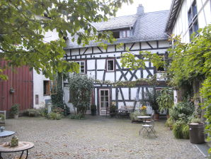 Holiday apartment Fachwerkhof