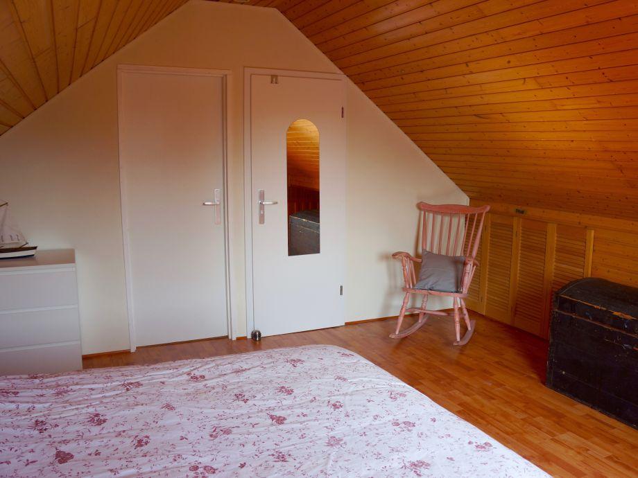 ferienhaus bongerd 48 zeeland renesse firma sorglos. Black Bedroom Furniture Sets. Home Design Ideas