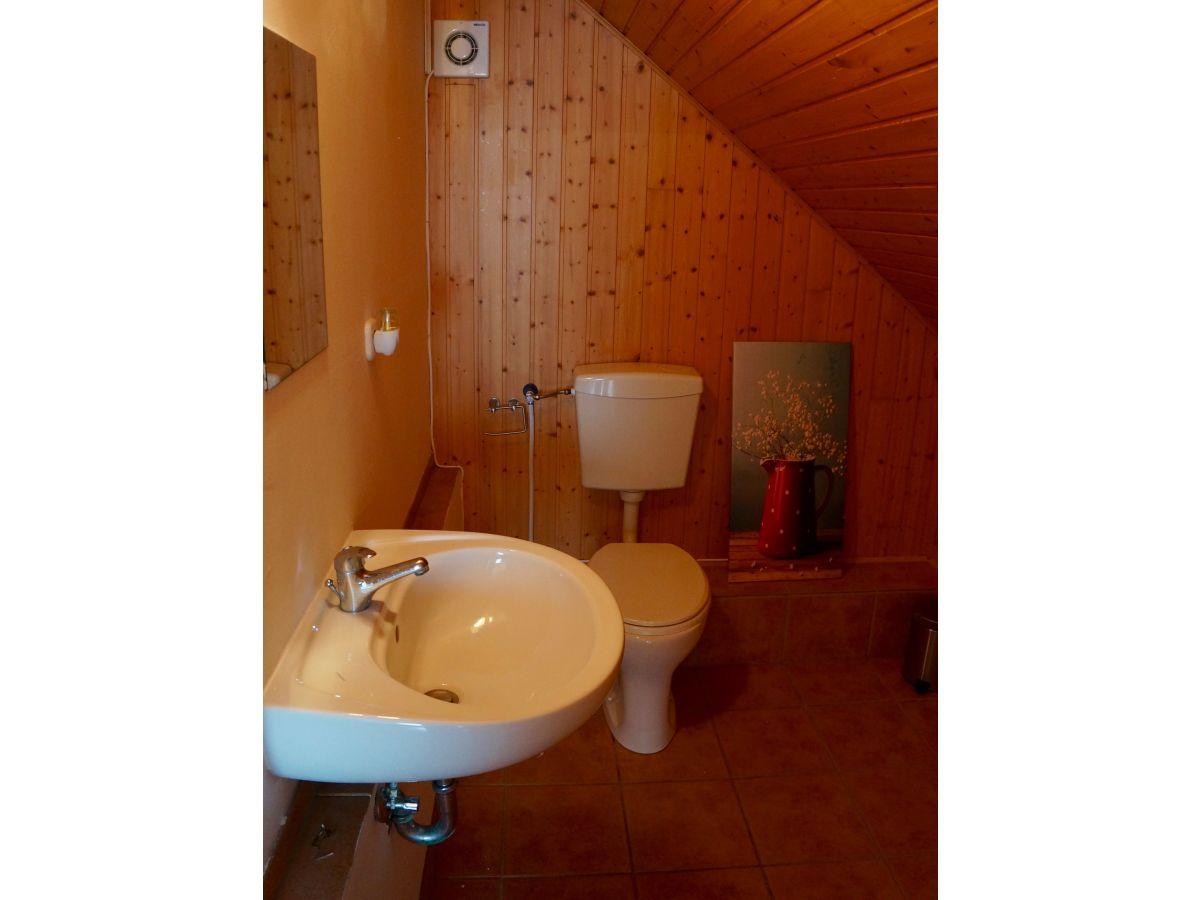 Badezimmer Toilette Separat  Separate Toilette auf der 1 Etage mit