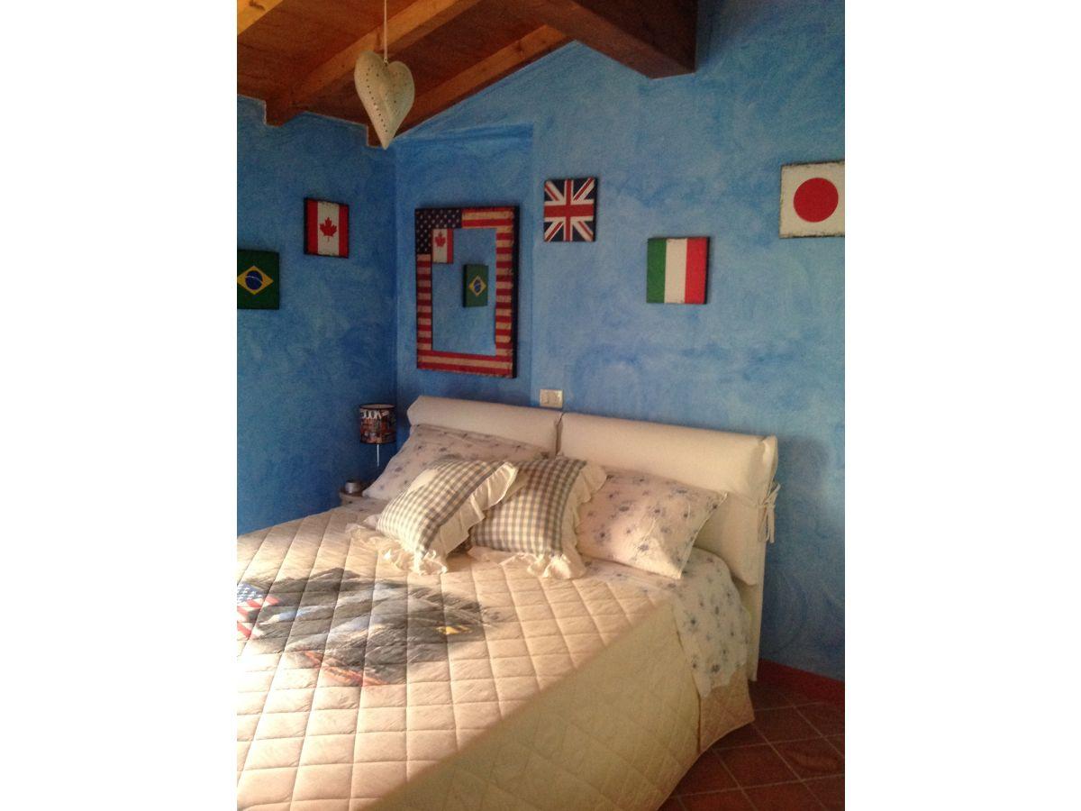 ferienwohnung heimelig rustikal gardasee frau dominique sonderegger. Black Bedroom Furniture Sets. Home Design Ideas