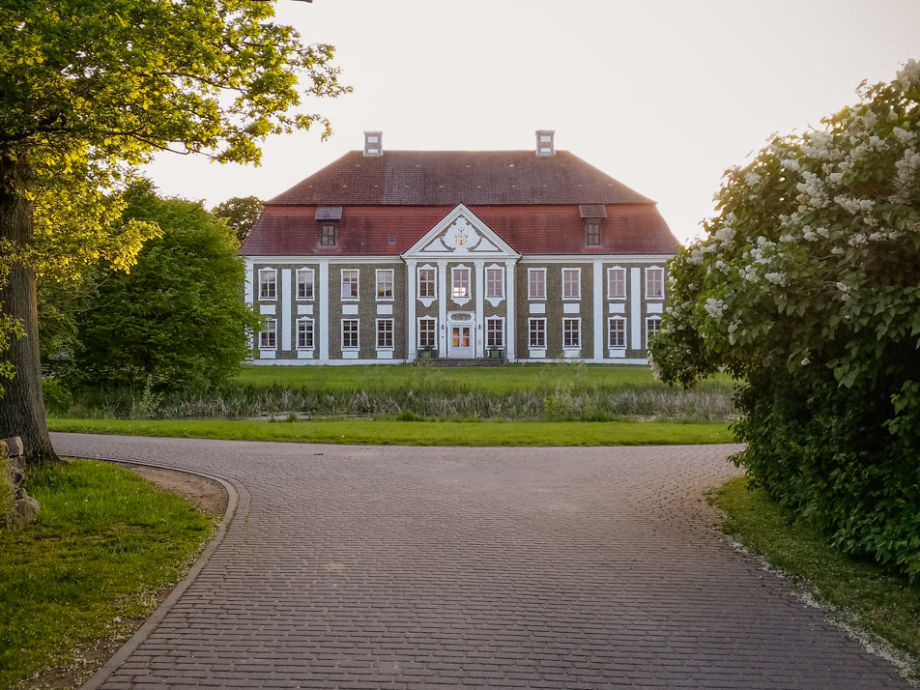 Außenaufnahme Schloss Rumpshagen