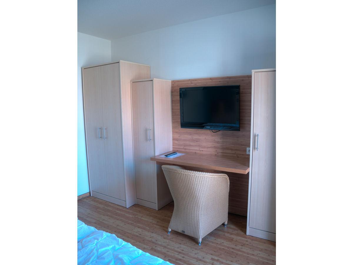 ferienwohnung hohe lith 2 12 duhnen firma difo h l l hnemann gbr herr h l l hnemann. Black Bedroom Furniture Sets. Home Design Ideas