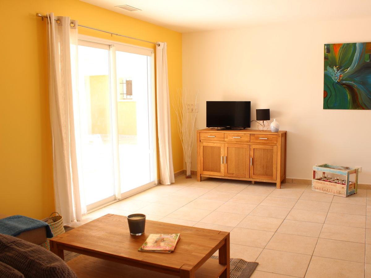 ferienwohnung roque frankreich languedoc roussillion. Black Bedroom Furniture Sets. Home Design Ideas