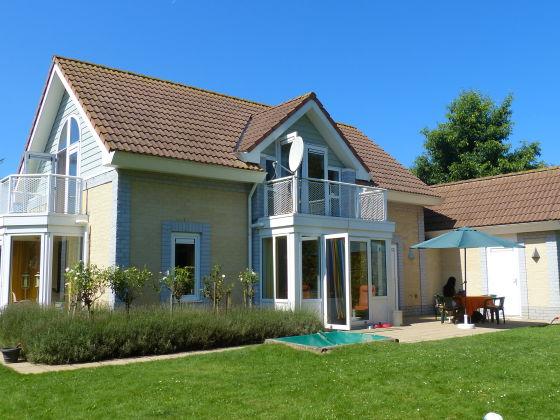 ferienhaus villa de banjaard zeeland holland kamperland. Black Bedroom Furniture Sets. Home Design Ideas