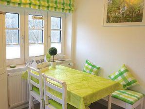 Ferienwohnung Haus am Walde, OG mit Südbalkon