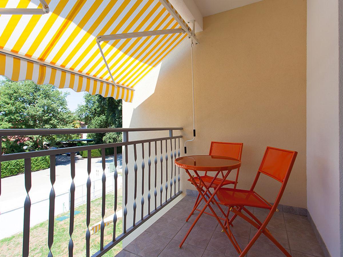 Ferienwohnung evi bei der residenz felix kroatienistrien for Markise balkon mit tiefengrund tapete