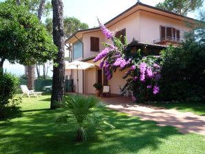 Villa Gaia 1500 m bis zum Strand