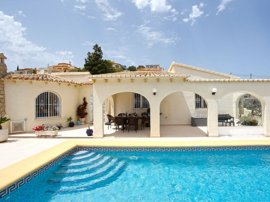 Villa Amazing with swimming pool and terrace