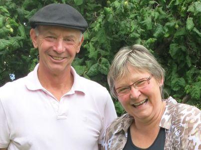 Ihr Gastgeber Hans und Ruth Schneider-Haldimann