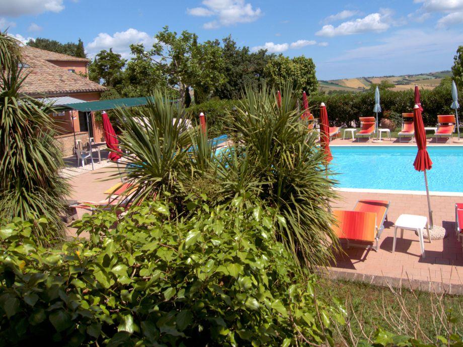 Borgo Vecchio mit Schwimmbad