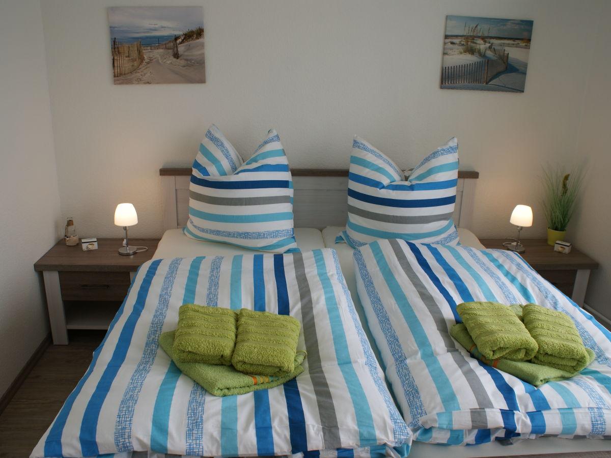 ferienwohnung kaj te b sum firma holmer dreessen gmbh. Black Bedroom Furniture Sets. Home Design Ideas