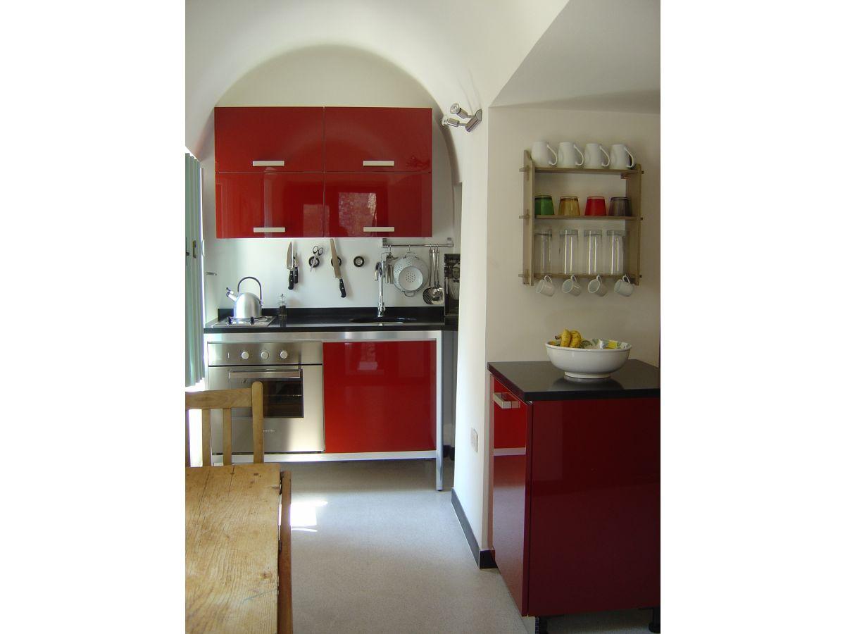 ferienwohnung colletta di castelbianco colletta di castelbianco frau rachel dobson. Black Bedroom Furniture Sets. Home Design Ideas