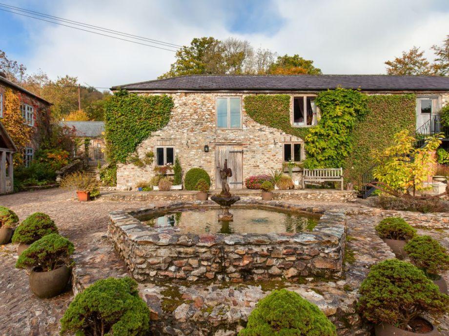 Beautiful rustic cottage