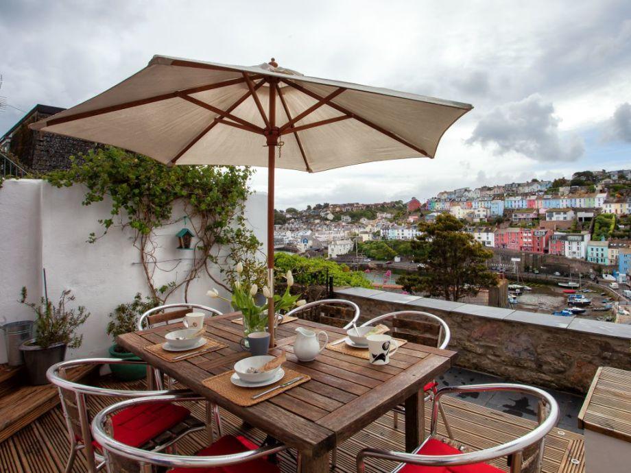 Schöne Terrasse mit fantastischer Aussicht