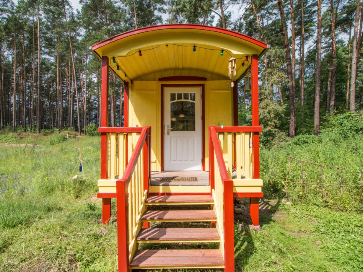 ferienhaus zirkuswagen zigappo uckermark herr karsten b ttner. Black Bedroom Furniture Sets. Home Design Ideas