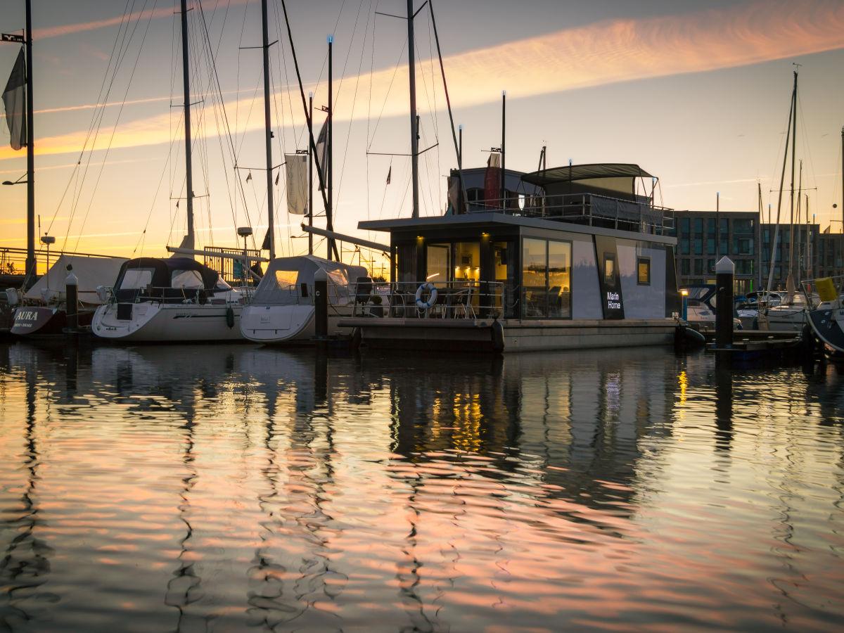 Hausboot Bremerhaven, Bremerhaven, Firma Husboat erleben GbR - Herr ...