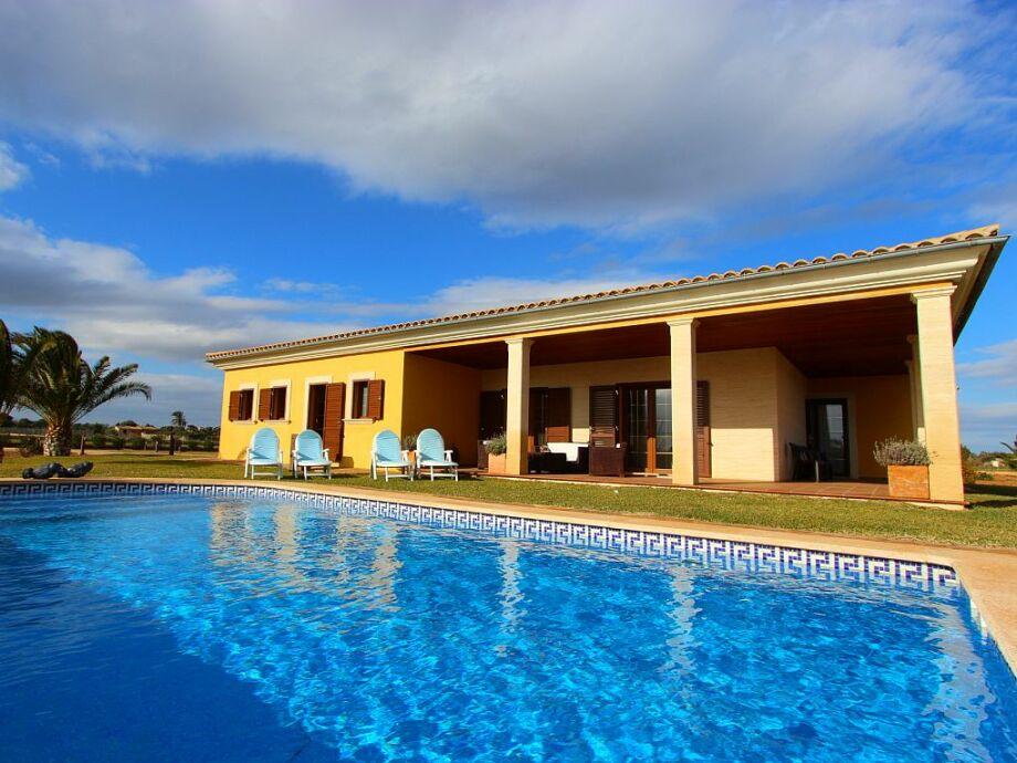 Pool Villa Es Trenc