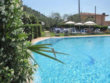 Ferienwohnung Margherita Studio Delux am See mit Pool