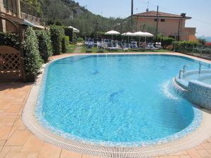 Ferienwohnung Margherita neu Superior Wohnung am See mit Pool