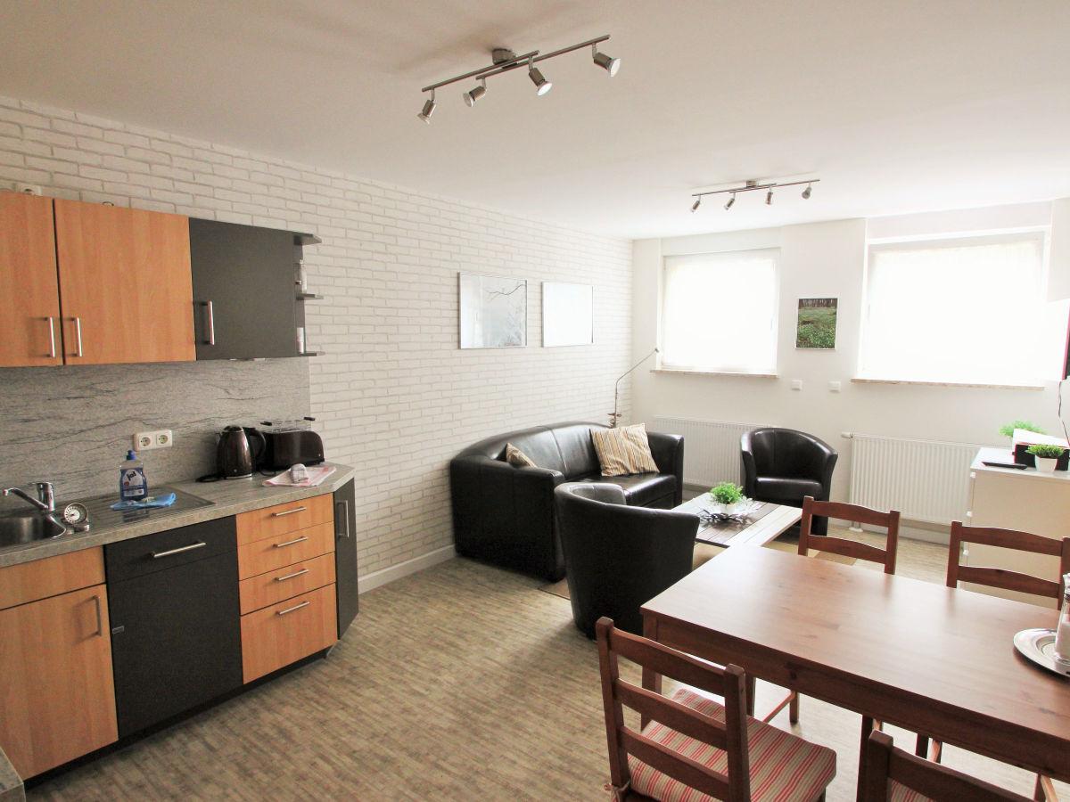 ferienwohnung spazz 1 ostsee r gen firma endlich r gen startseite design bilder. Black Bedroom Furniture Sets. Home Design Ideas