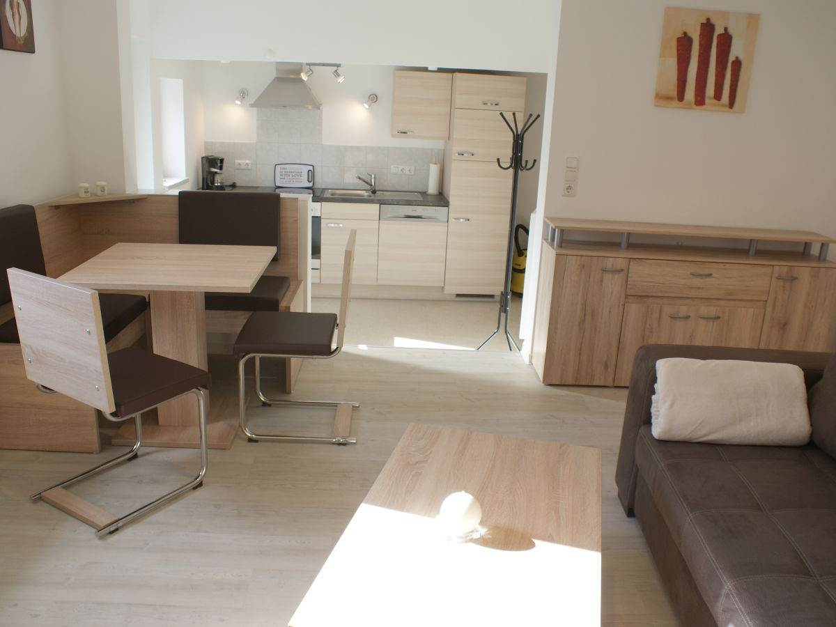ferienwohnung friesendeel b sum firma holmer dreessen gmbh frau walzer. Black Bedroom Furniture Sets. Home Design Ideas